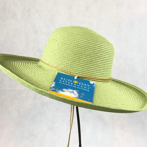 Sunday Afternoons UPF Hat NWT Celery